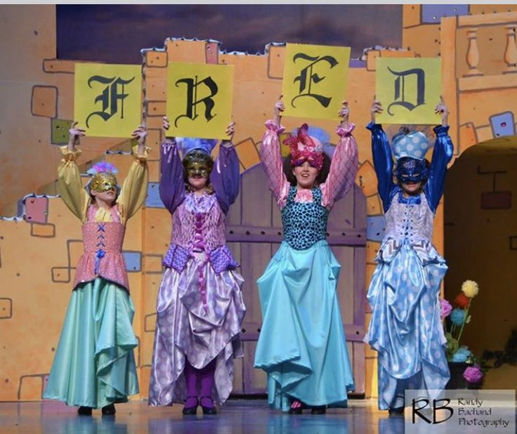 There's the letters I painted earlier, in action. Once Upon a Mattress, set design , Maggii Sarfaty