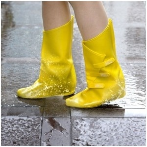 Best 220 RAINBOOTS! images on Pinterest | Women's fashion