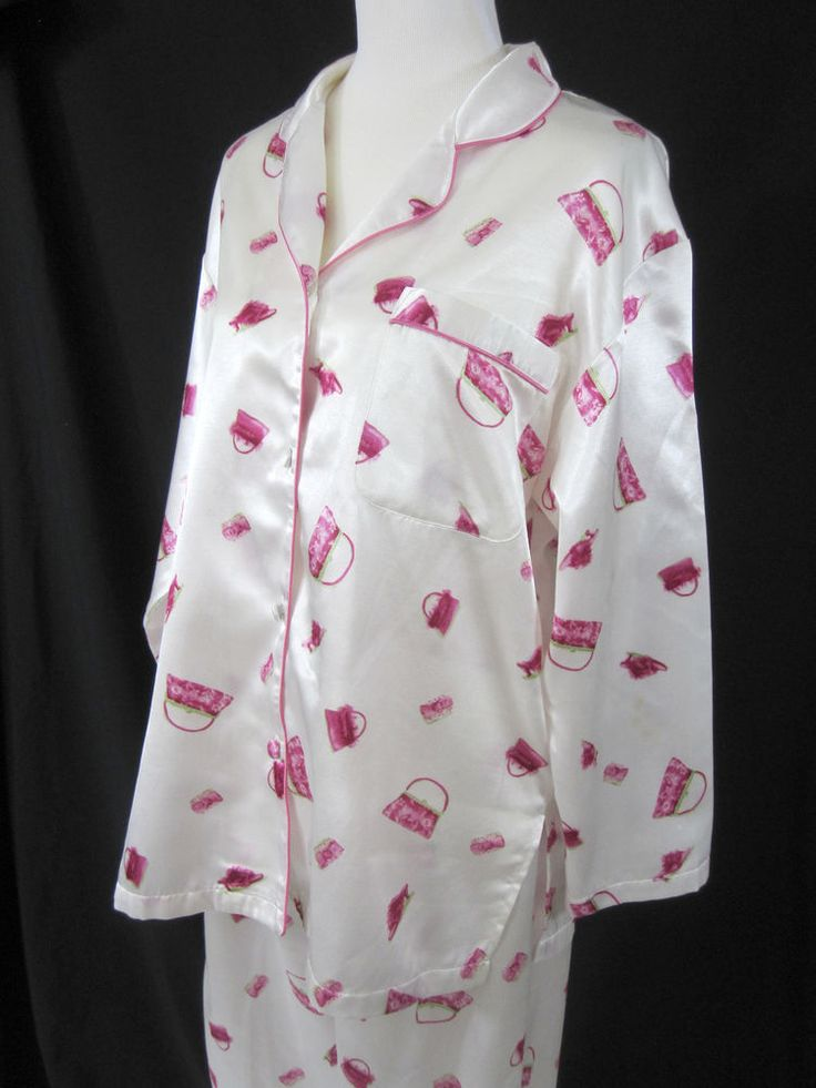 Cerie Sleepwear Silky Pajamas Set Ladies PJs White with Pink Purses and Shoes #Cerie #PajamaSets