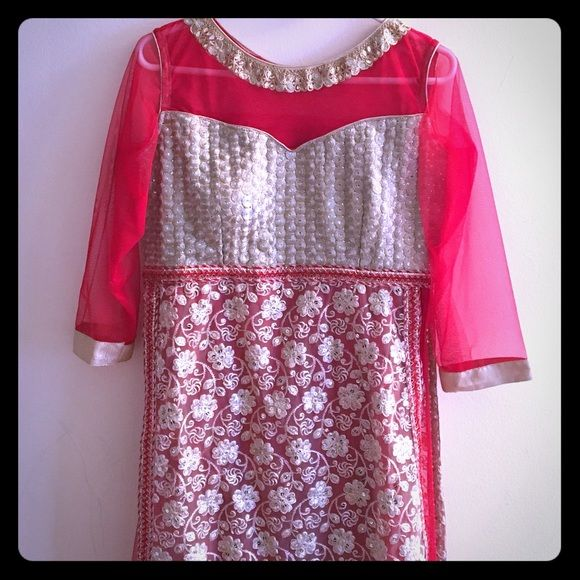 New Indian anarkali dress Brand new never worn. Great for parties or wedding. Comes with pants and dupatta. Dresses Maxi
