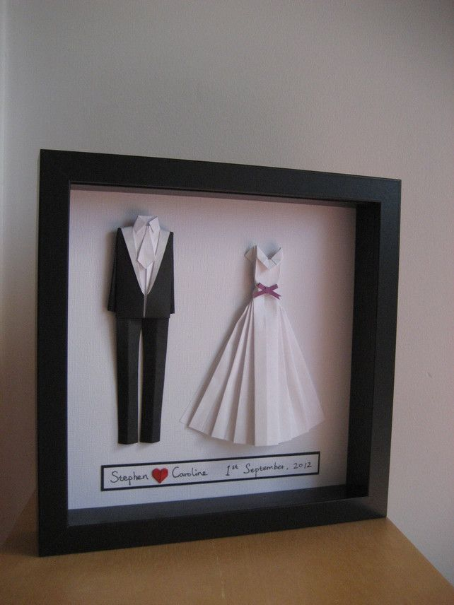 Bride and groom origami outfit - wedding or paper anniversary gift - Original