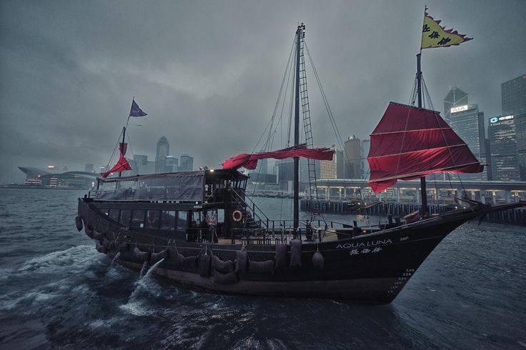 Ship at Victoria Harbor in Hong Kong by Joshua Webb on 500px