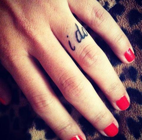 55 Wedding Band Tattoo Ideas To Rock   HappyWedd.com