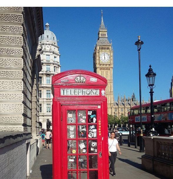 London is one of the top 10  most Instagrammed Cities in the world. Everyone needs to check out the red phone booths and Big Ben for themselves!