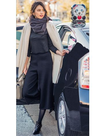 アラウンド30歳からの働く女性に向けて、シンプルでセンスのよい「ファッション」「ビューティ」「ライフスタイル」情報を毎日お届けします。
