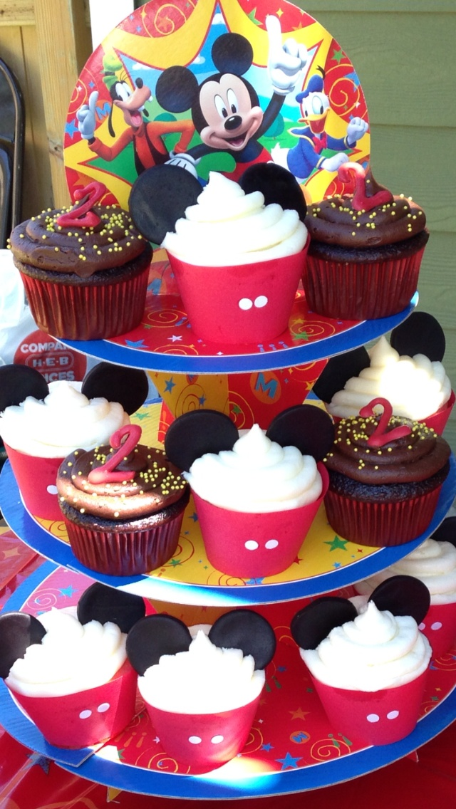Mickey Mouse Birthday Cupcakes  Birthday CupcakeMickey Mouse 1st Birthday Cupcakes