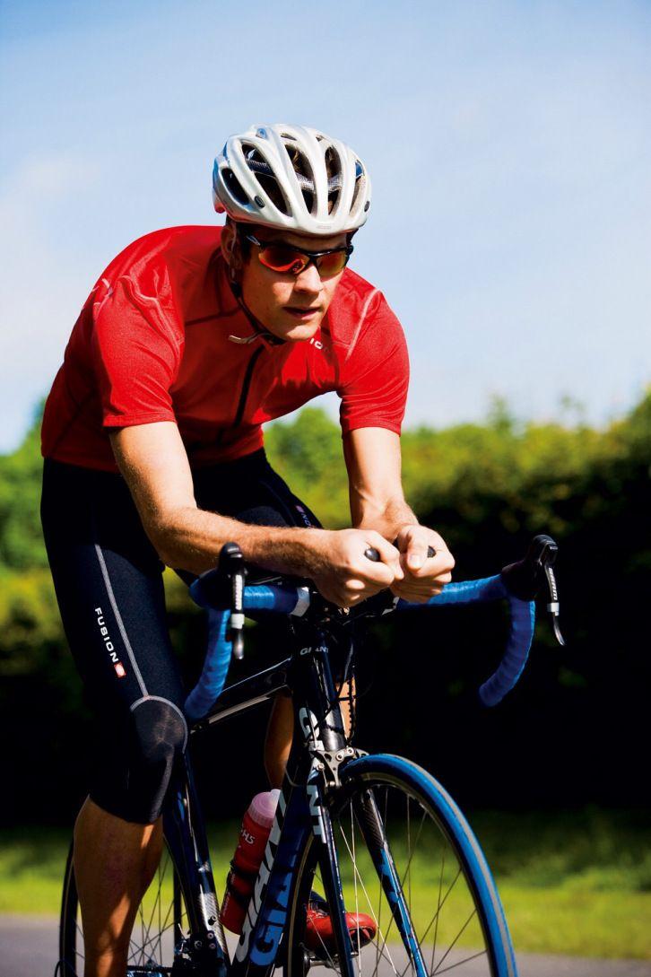Stal dyra exklusiva sportcyklar genom taket på Cykelhuset