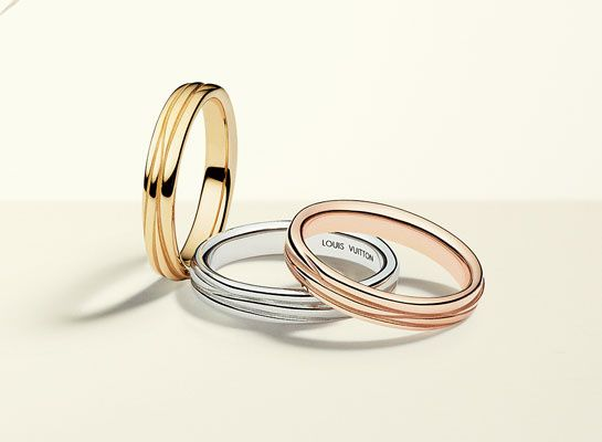 The Epi rings by Louis Vuitton in three different golds