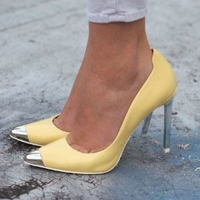 1000  images about SHOES &amp BOOTS (YELLOW &amp GREEN) on Pinterest