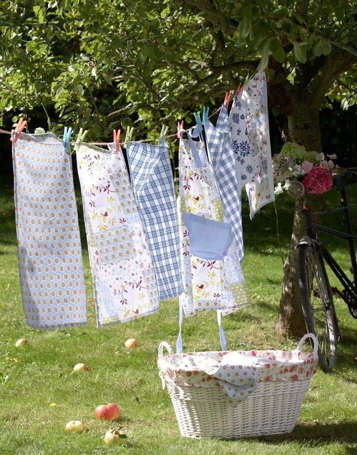 Line drying aprons