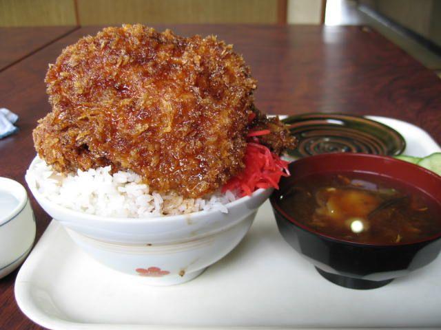 """Katsudon"" ソースカツ丼"