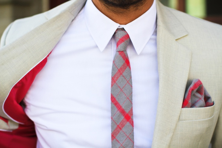 What happens when suits go matchy matchy. Looks good! Pocket Square Clothing - Plaid Skinny Tie #menswear #style #fashion #men