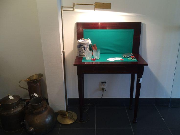 #interiordesign #recycleart #kloosterstraat #antwerp #pokertafel #antiek #mahonie #copper