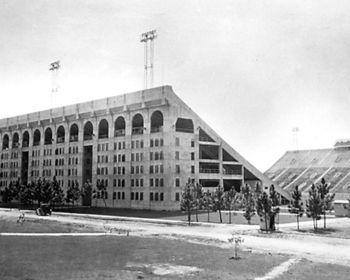 The 1931 LSU Football Stadium Picture at LSUPix.net