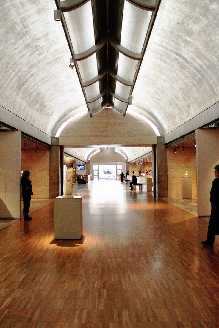 Kimbell Art Museum / © Amit Khanna - Design Principal, AKDA