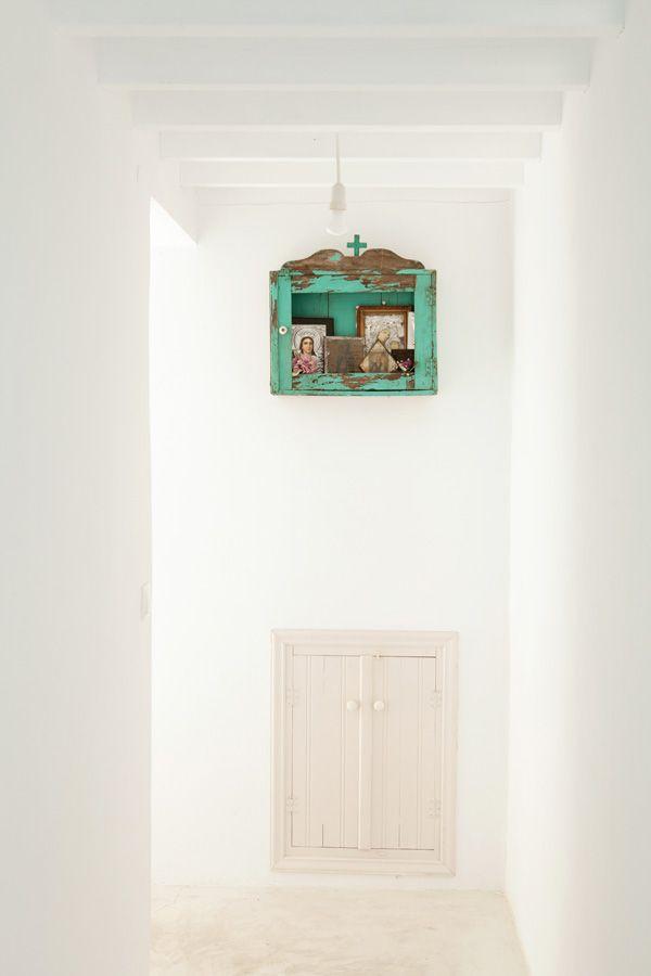 Wegdromen bij Grieks huis met karakteristieke elementen Roomed | roomed.nl