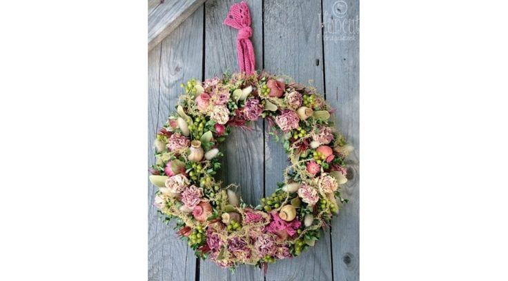Natural wreath with roses / Rózsák kertje nosztalgikus koszorú dekoráció