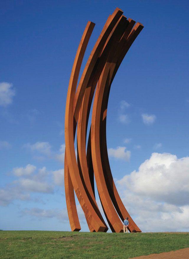 Bernar Venet, 88.5° Arc x 8, 2011, Corten steel, 27 metres high, on location at Gibbs' Farm, Kaipara. Photo: Dan Chappell