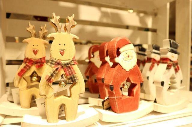 プチプラ可愛い雑貨の宝庫サリュで作るクリスマスインテリア