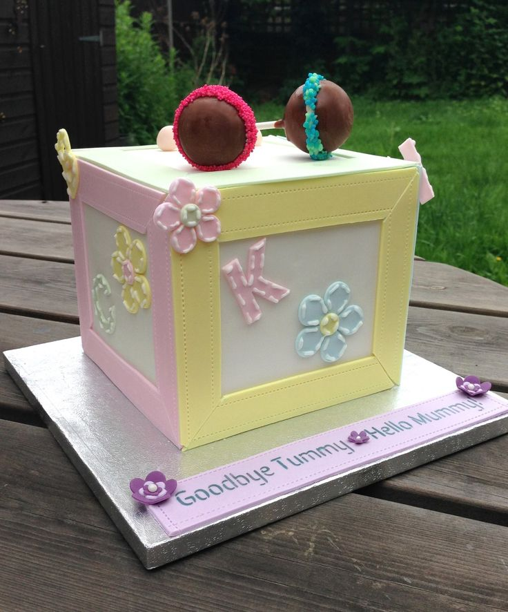 1000+ images about Cakes by The Cor-blimey Cake Co. (Bedfordshire) on ...