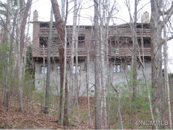 305-Q1 Piney Mountain Dr, Asheville NC | Real Estate Listing MLS 569896 | Greybeard Realty