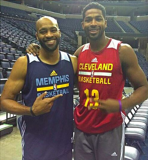 NBA Trade Rumors: Tristan Thompson Signs with Cavs - 'Of Course He Will' Says LeBron James - http://www.australianetworknews.com/nba-trade-rumors-tristan-thompson-signs-cavs-course-will-says-lebron-james/