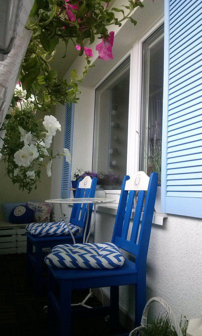 Rośliny i ogród, Balkon - Krzesła tymczasowe, bo są zbyt duże jak na tak wąski balkon docelowe czekają na renowację.