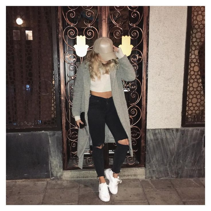 """MADELEINE BITICI on Instagram: """"Grey coat on the blog now ☺along with the jeans and the huaraches  link in bio! And also I have a Facebook page if you guys wanna follow for easy access to my posts  just search madeleine Bitici"""""""