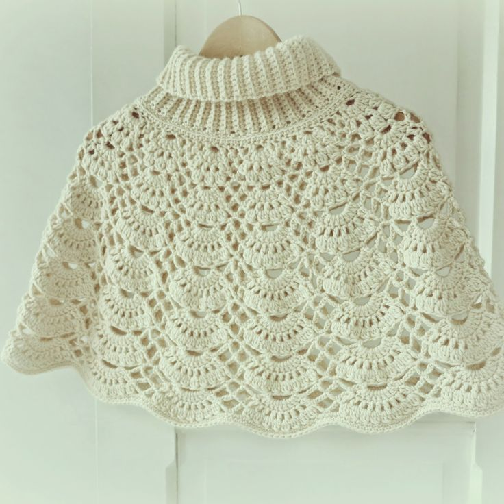 I really like the collar she made for this! ByHaafner, Japanese crochet pattern, crochet cape