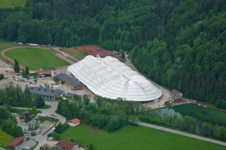 Eishalle Inzell, Germany UltraPly TPO Mechanically Attached System (MEC) 26.000 m²