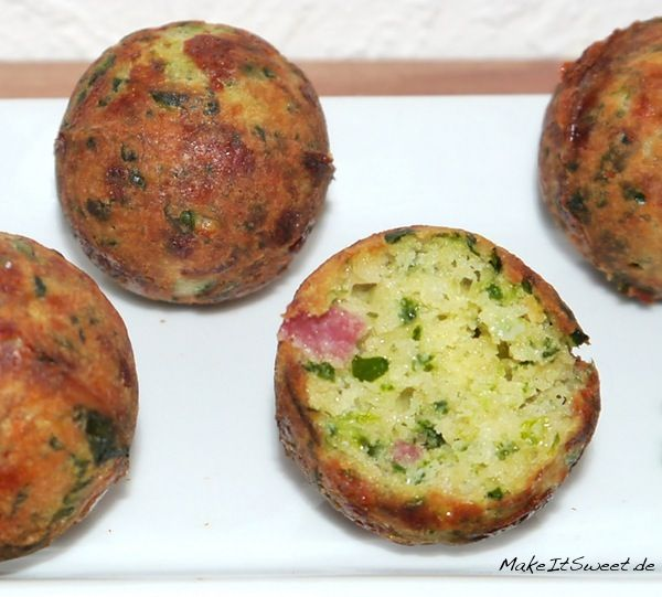 Spinach Nut Cheese Balls from the Cake Pop Maker   – Cakepops / Macarrons