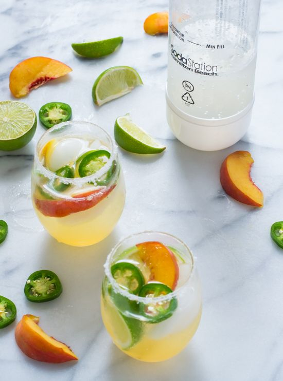 Fizzy Peach Jalapeno Margaritas-sweet, spicy, bubbly. The perfect cocktail!