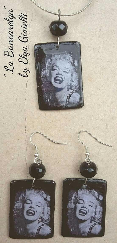 """Collezione MITI - orecchini e ciondolo Marilyn Monroe in alluminio e cristalli. Segui la pagina Facebook """"La Bancarelga by Elga Gioielli"""" #gioielli #fattoamanoinitalia #fashion #handmade #madeinitaly #artigianato #jewels #madewithlove❤️ #earrings #fattoamano #handmade #marilynmonroe #ciondolo #pendant #madewithlove"""