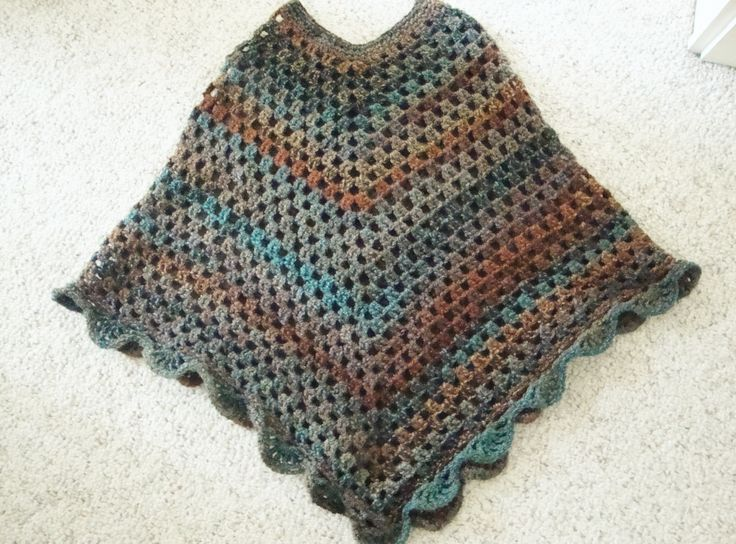 Bernat Free Crochet Poncho Patterns : Learn How to Crochet this Beautiful Crocheted Poncho