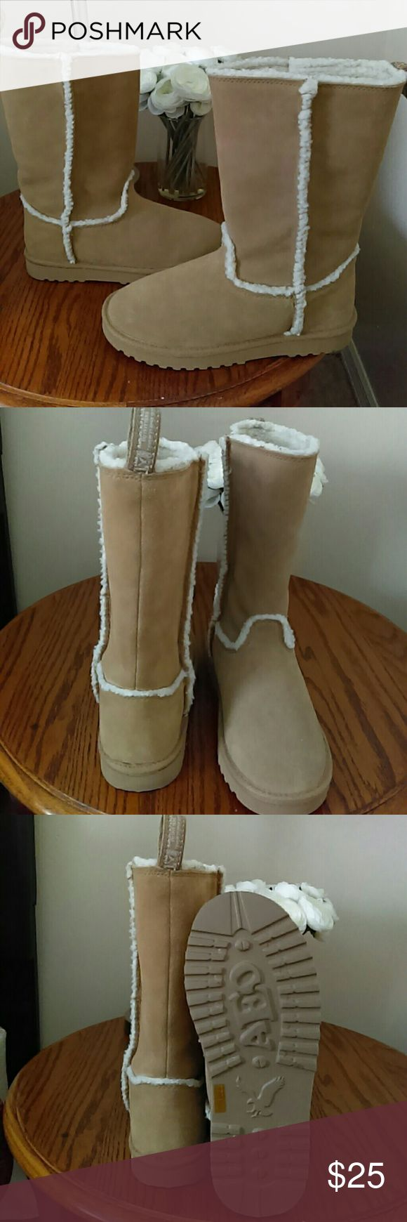 American Eagle Outfitters Boots Like New! Tan Suede Boots American Eagle Outfitters Shoes Winter & Rain Boots