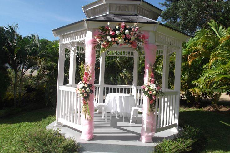 Best 25 Outdoor Wedding Gazebo Ideas On Pinterest: Best 25+ Gazebo Wedding Decorations Ideas On Pinterest