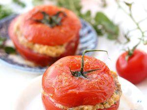 Tomates farcies persillade, mozarelle et jambon blanc, facile et pas cher