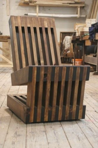 (Plank chair 1 of 2) Impressive cantilever chair from old planks.