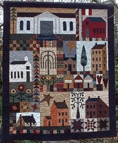 347 Best Quilts And Penny Rugs Images On Pinterest Feltro Penny
