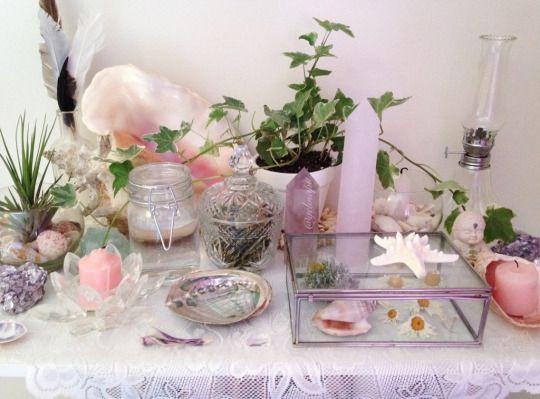 pretty altar ♡