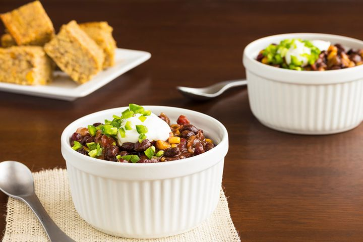 Pegan 365 Black Bean Chili and Cashew Sour Cream: Warm up with this hearty chili recipe.