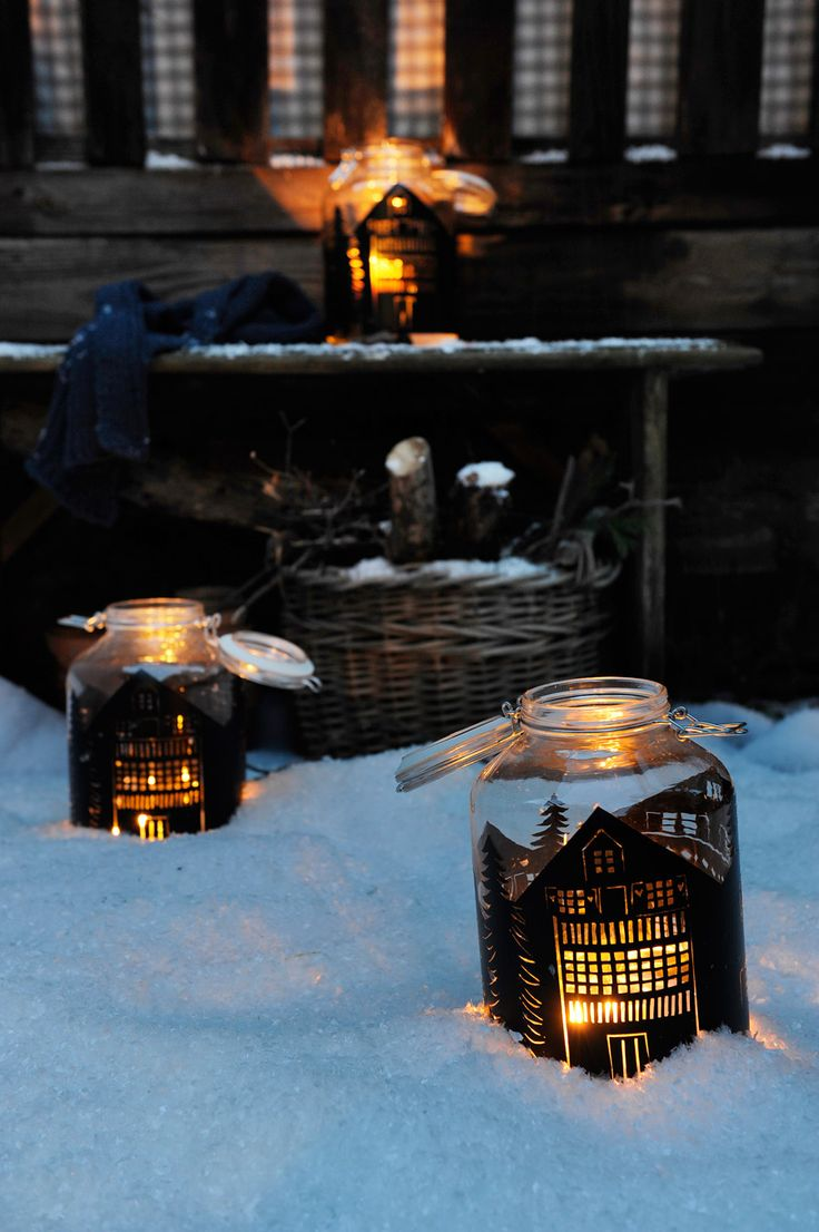 DIY silhouette lantern out of mason jars