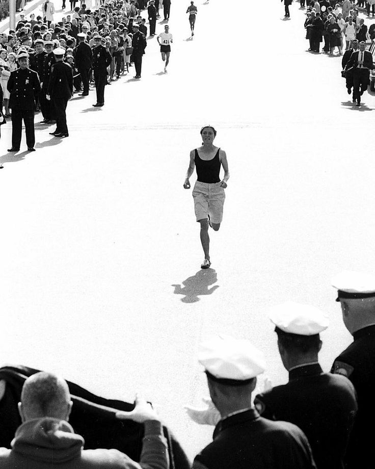 Bobbi Gibb the first woman to have run the entire Boston Marathon 1966. Women were banned from entering because of their gender. Today 46% of Boston Marathon runners are female. http://ift.tt/2lgisIz