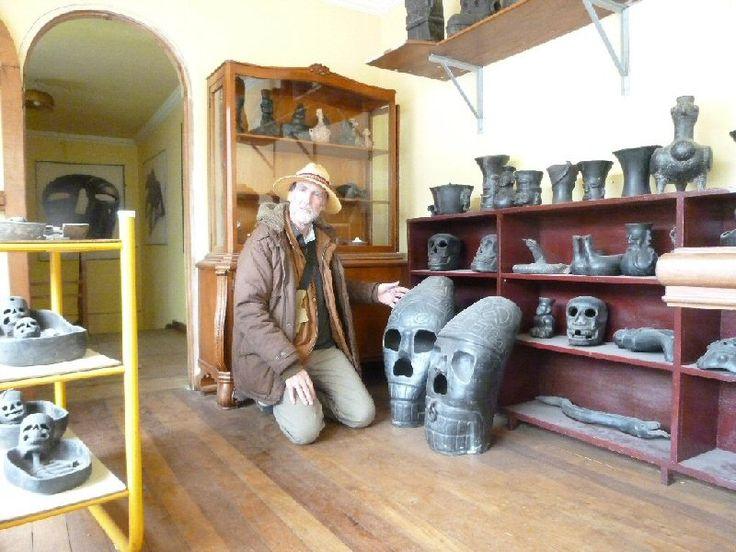 Jim allen ceramica negra tiwanakota