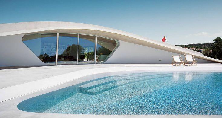 Villa Ypsilon - Summer Residence in Southern Peloponnese, Greece  #ekmagazine #ek #villaypsilon #villas