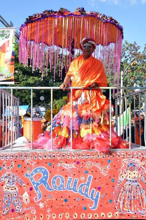 "REPUBLICA DOMINICANA | CARNAVAL DE SANTIAGO. L, 11 FEB 2013 - ""Fotos: Segundo Domingo Del Carnaval De Santiago 2013"". (IPITIMES.COM® /FUENTE: EL SOL DE SANTIAGO)."