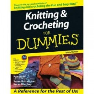 Discover the joys and comforts of knitting and crocheting the Fun and Easy Way! This special edition package includes: - Knitting & Crocheting for Dummies book - 2 pairs of knitting needles: US sizes