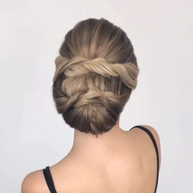 Do you wanna learn how to styling your own hair? Well, just visit our web site to seeing more amazing video tutorials! #hairtutorial #braidtutorials #…