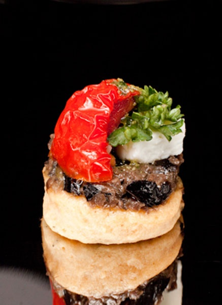 60 best images about canapes on pinterest smoked salmon for Roast beef canape