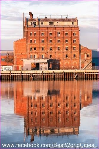 Harts Mill, Port Adelaide..... My dad worked here  :)